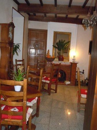 Hotel du Lion d'Or :                   lounge area