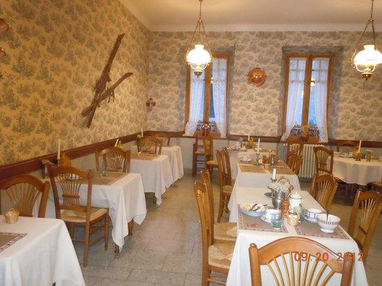 Hotel du Lion d'Or:                   Dining Room