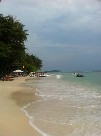 The Briza Beach Resort:                   Chaweng Beach