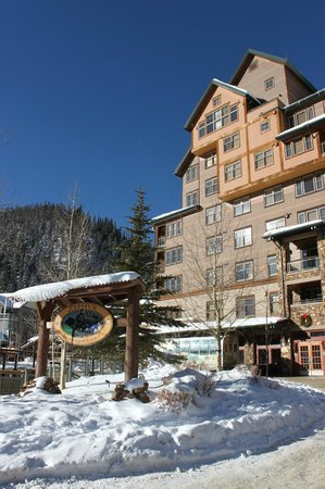 Zephyr Mountain Lodge:                   Lodge Entrance