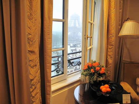 Shangri-La Hotel Paris:                   view from bedroom