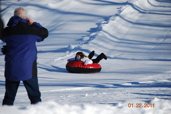 Woodloch Pines Resort:                   BIG Sleigh riding hill