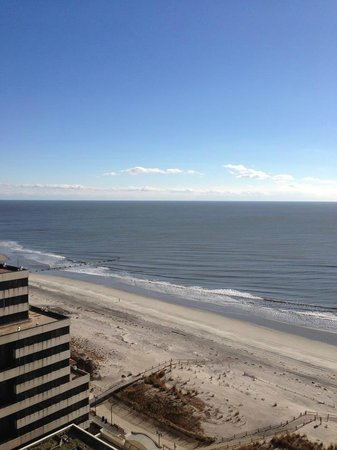 Tropicana Casino and Resort: View from our room (South Tower-Floor 21)
