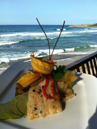 Ocean Front Restaurant: Filete deTilapia al Ajillo ...