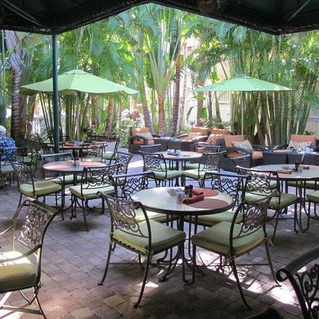 The Inn at Key West:                   Restaurant outside