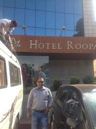 Hotel Roopa:                   abhi at mysore