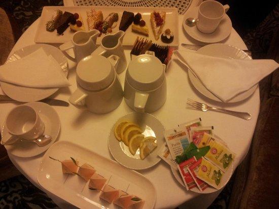 Hotel Majestic Roma: Afertnoon Tea
