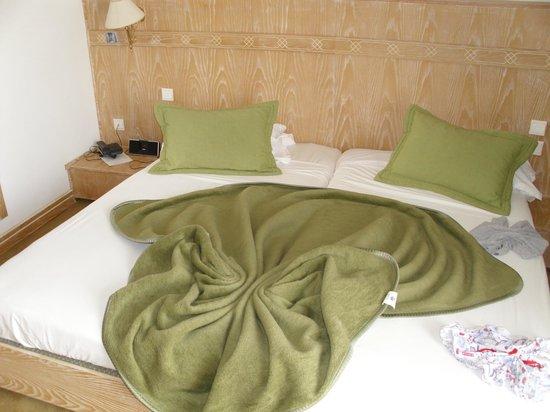 Tej Marhaba Hotel :                   bedroom