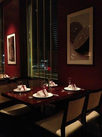 4500 miles from Delhi: Elegant dining