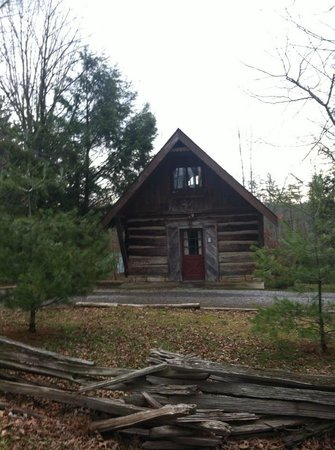 McKinley's Cabin at Carnifex Ferry Cottages