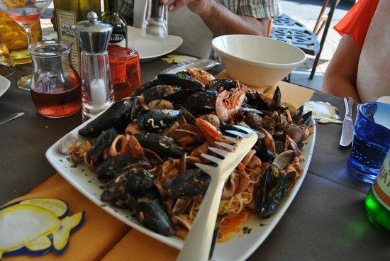 Ristorante Flipper Di Alborno Libero E C. Snc :                   Fruitti del Mare