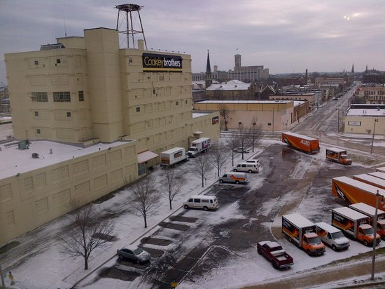 The Iron Horse Hotel: Room view - not too pretty, but hey, that's Milwaukee!