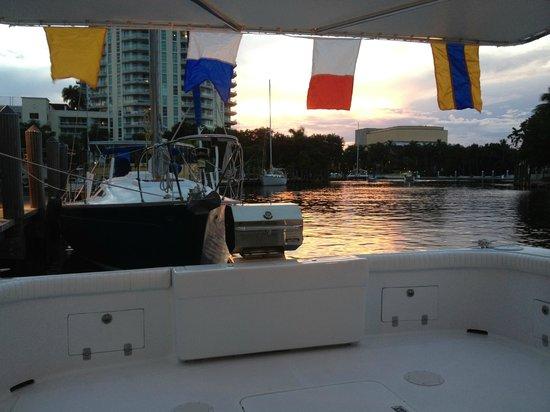 Mabru Day Cruises: Sunset Charters
