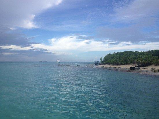 Traveler Catamaran:                   spectacular Icacos island