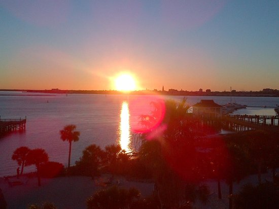Charleston Harbor Resort & Marina: Sunset - taken from the balcony of a harbor view room