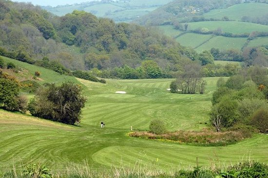 Teign Valley Golf And Hotel: Looking across the 6th fairway
