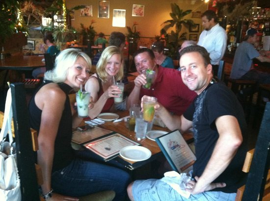 Gusto Cuban Cafe: A great evening out with friends!