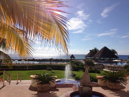 Heaven at the Hard Rock Hotel Riviera Maya:                   beautiful resort