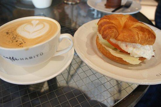 Habitu Cafe :                   отличный завтрак