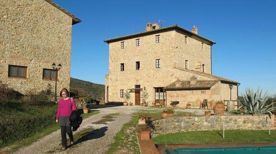 Agriturismo Il Casolare di Bucciano:                   Vista das casas a partir da piscina
