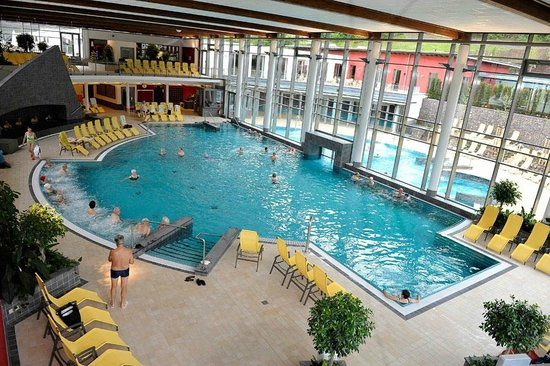 Hotel Am Schwanenweiher: the Vulkaneifel Therme Spa
