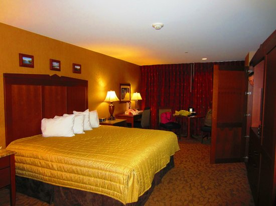 Seneca Allegany Resort & Casino:                   Kind bed