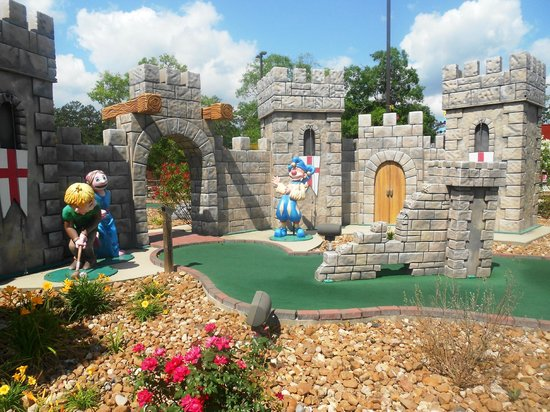 Lumberton, TX: Mini Golf Castle