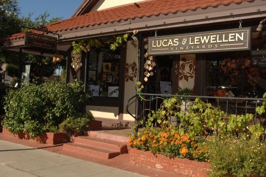 ‪Lucas & Lewellen Vineyards‬