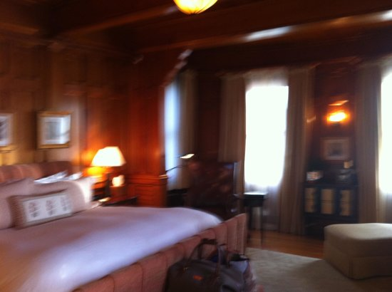 Castle Hill Inn:                   Room