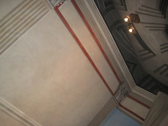 Suites Trastevere:                   Detailed design in room