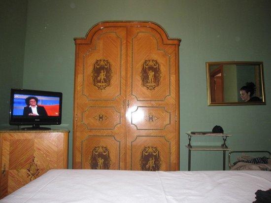 Economy Room 1 Picture Of Hotel Turner Rome Tripadvisor