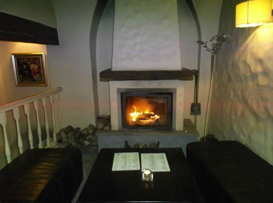 Merchant's House Hotel:                   The fire (Very beautiful)
