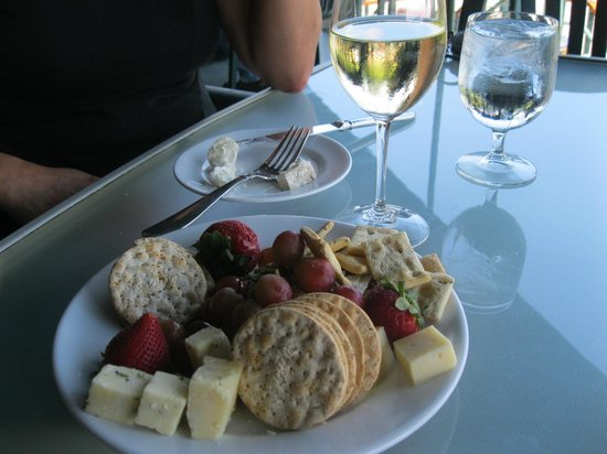 Seneca Lake Wine Trail:                   cheese plate at red newt winery bistro