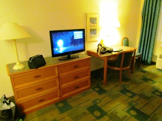 La Quinta Inn & Suites Jacksonville Butler Blvd: Room