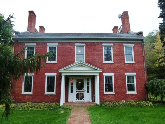 The 1819 Red Brick Inn - A Bed and Breakfast: The 1819 Red Brick Inn