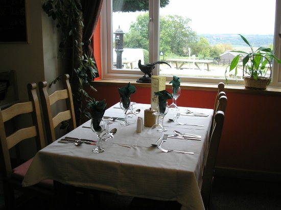 The New Inn: Table in the dining room