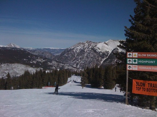 Copper Mountain Ski Area: Even the views from the beginner's trails were spectacular