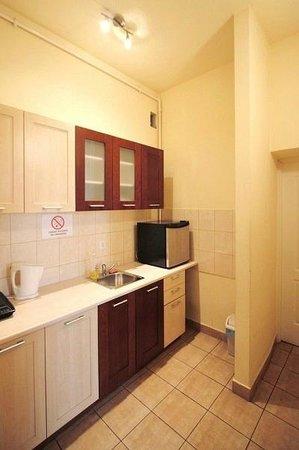 Hostel Faust: Kitchen