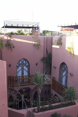 Riad Amira Victoria:                   Overview from the nice roof terrace.