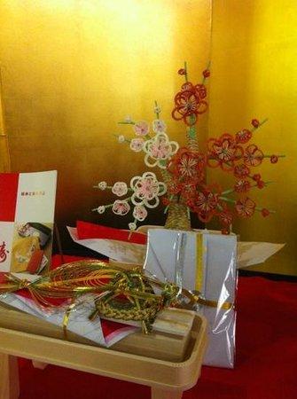 Hotel Hankyu International: Amazing Japanese craftwork at the lobby