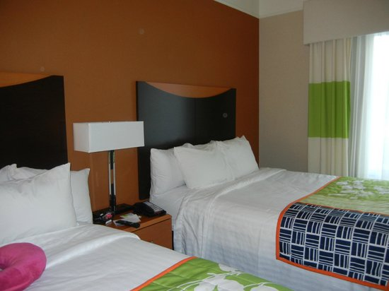 Fairfield Inn & Suites Harrisburg West: 2 queen sized beds