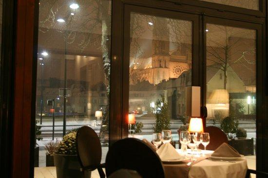 Restaurant l 39 amphitryon chartres restaurant avis for Bon restaurant chartres