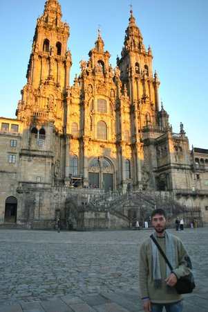 Castellar de Santiago, Spanien:                   в Сантьяго на главной площади