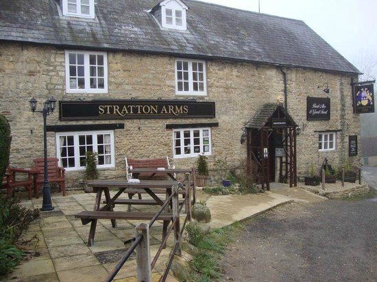 Brackley, UK: The Stratton Arms, Main St, Turweston, Bucks NN13 5 JX