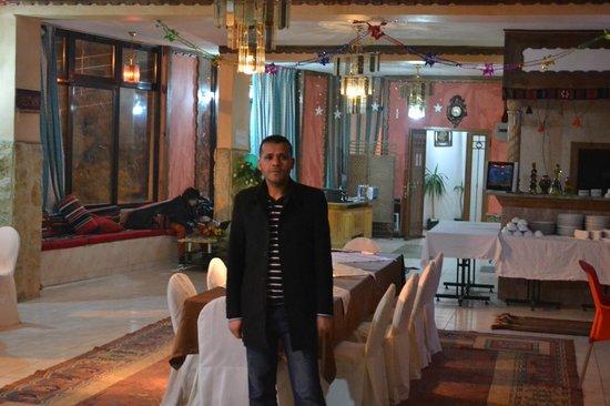 Midtown Restaurant: Mr Mohammed