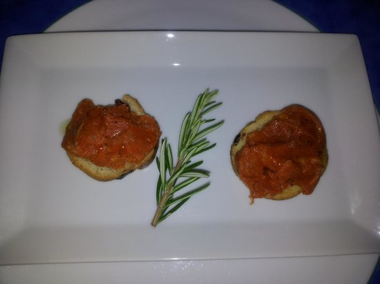 Can Furios Hotel: An amuse bouche - just a snack to get dinner started