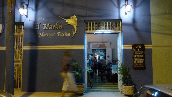 Restaurante El Marlin: bar