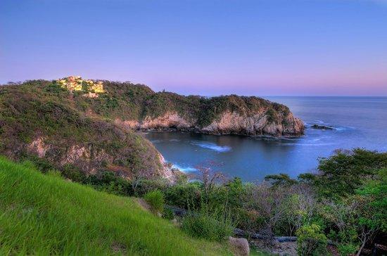 Las Palmas Oceanfront Villas & Casitas
