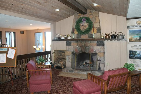 Cragun's Resort on Gull Lake:                   Second Floor fireplace at Legacy
