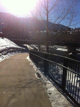 Animas River Trail : Sidewalk of trail